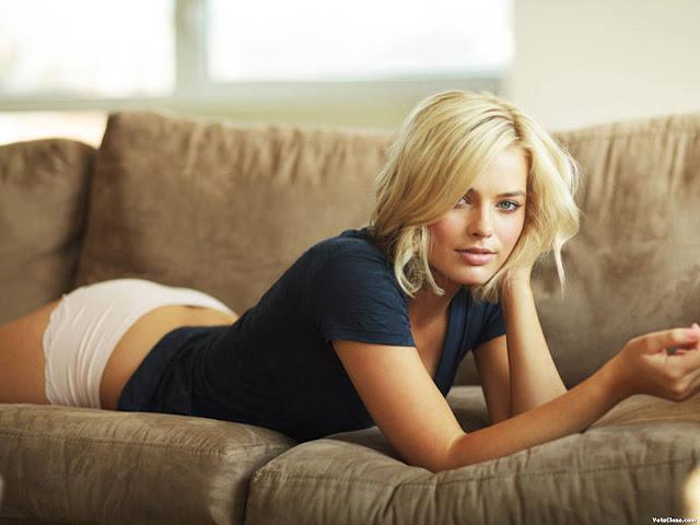 Margot Robbie – Bông hồng Úc tỏa sáng tại Oscar 2018 4