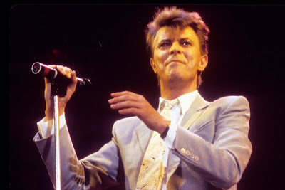Since Mayor Cuomo Has Given The Green Light To This Year's MTV Awards (No Audience)... We Salute David Bowie's Inaugural VMA's Circa 1984!