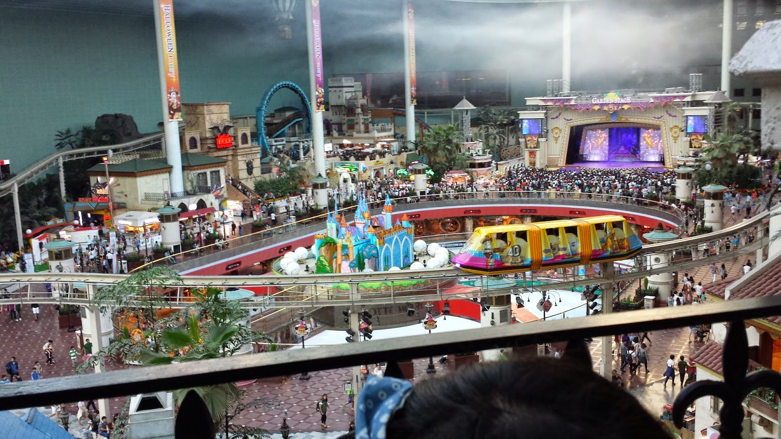 Seoul Studying Lotte World And Everland