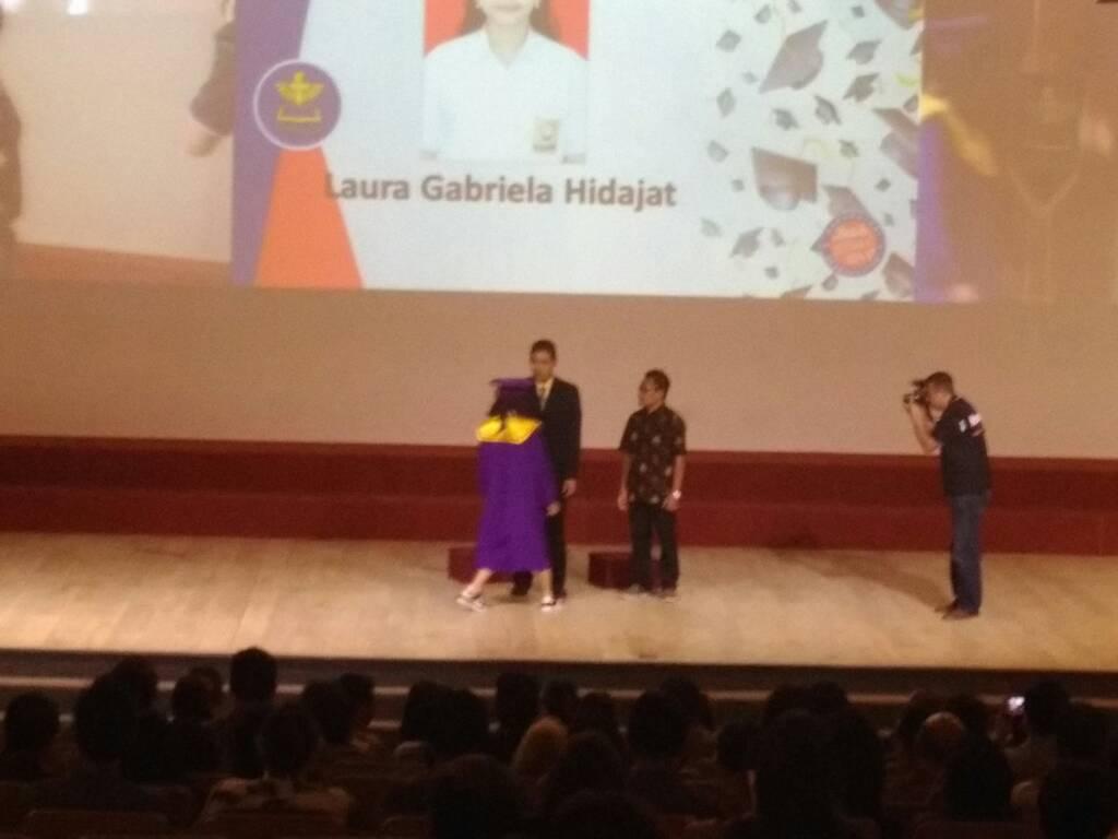HP. 0856-9696-8672; Jasa Video Shooting Semarang ~Wisuda SMP Karangturi Semarang~