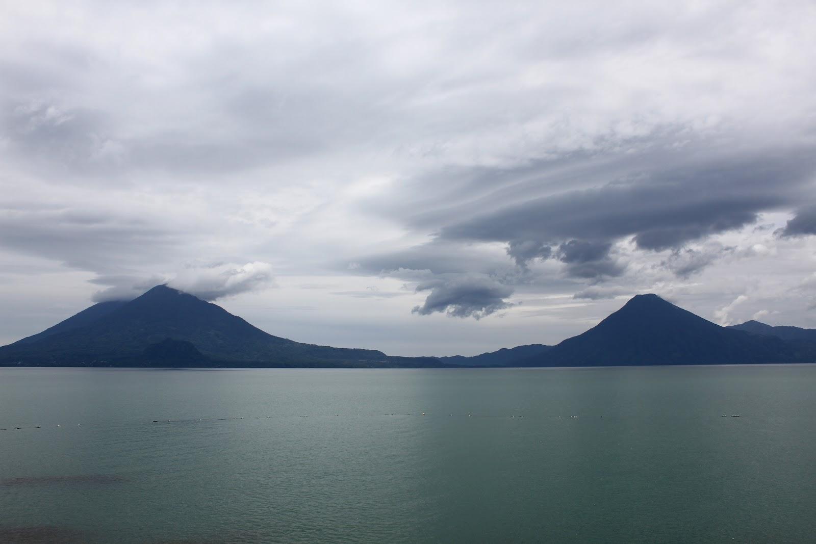 Visitar o LAGO ATITLÁN e deslumbrar-se com a beleza natural | Guatemala