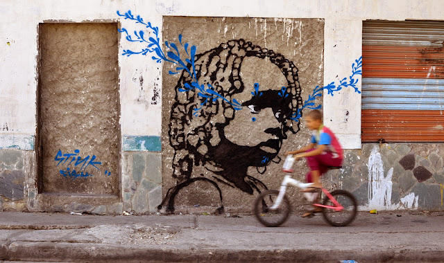 Colombian Street Artist Stinkfish paints a series of new murals in Santa Marta, Colombia. 4