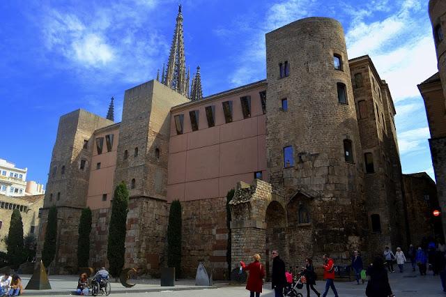 Casa de l'Ardiaca em Barcelona