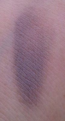 Maybelline color tattoo permanent taupe Swatch