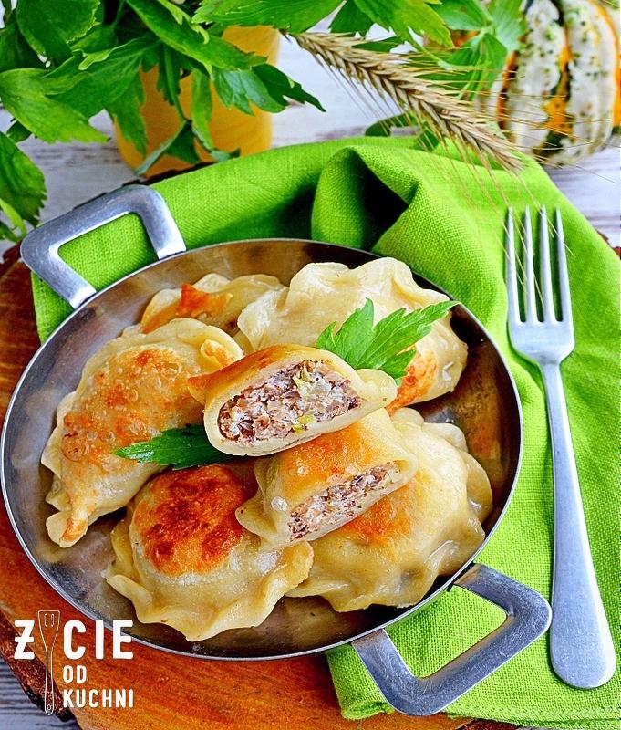 bryndza, pierogi z bryndza, małopolskie produkty regionalne, przepisy z bryndza, zycie od kuchni