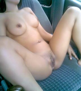 abg bugil di mobil