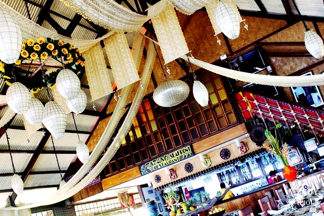 Inside Badjao Seafront Seafood Restaurant at Puerto Princesa Palawan YedyLicious Manila Food and Travel Blog Review Best Restaurants in Palawan