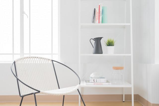 01. Interior Rumah Minimalis dengan Nuansa Putih Bersih