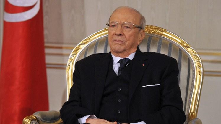 تونس تحتج بعد تكفير داعية مصري لسبسي بسبب دعوته إلى المساواة في الإرث