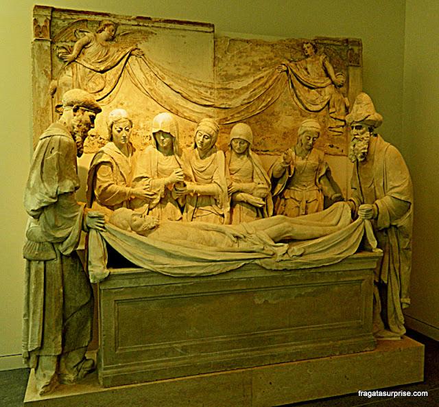 """""""A Deposição do Túmulo"""", obra prima do escultor João de Ruão, no Museu Nacional Machado de Castro em Coimbra"""