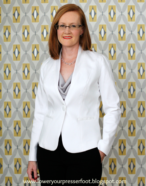 Burda 7286 white tailored jacket www.loweryourpresserfoot.blogspot.com