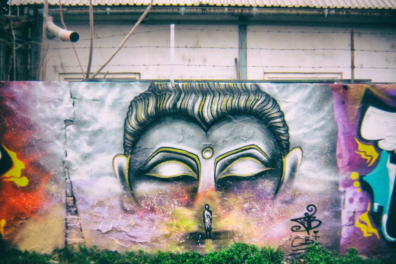wall buddha graffiti