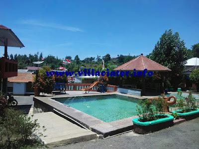 villa di ciater dengan fasilitas kolam renang air panas alam