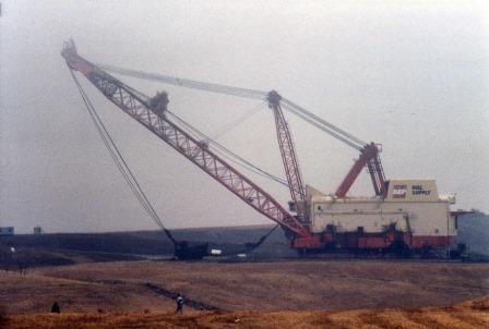 Big Muskie adalah truck penggali terbesar di dunia yang pernah di buat