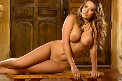 Girls of Playboy - Christine Veronica - Special Editions - 01 - Model of the Year 2011