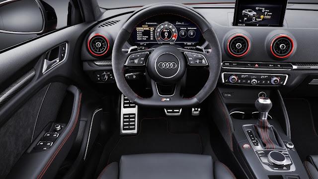 Interior del Audi RS 3 Sedán 2017