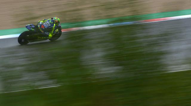 Pembalap Movistar Yamaha, Valentino Rossi bersemangat menghadapi persaingan di MotoGP