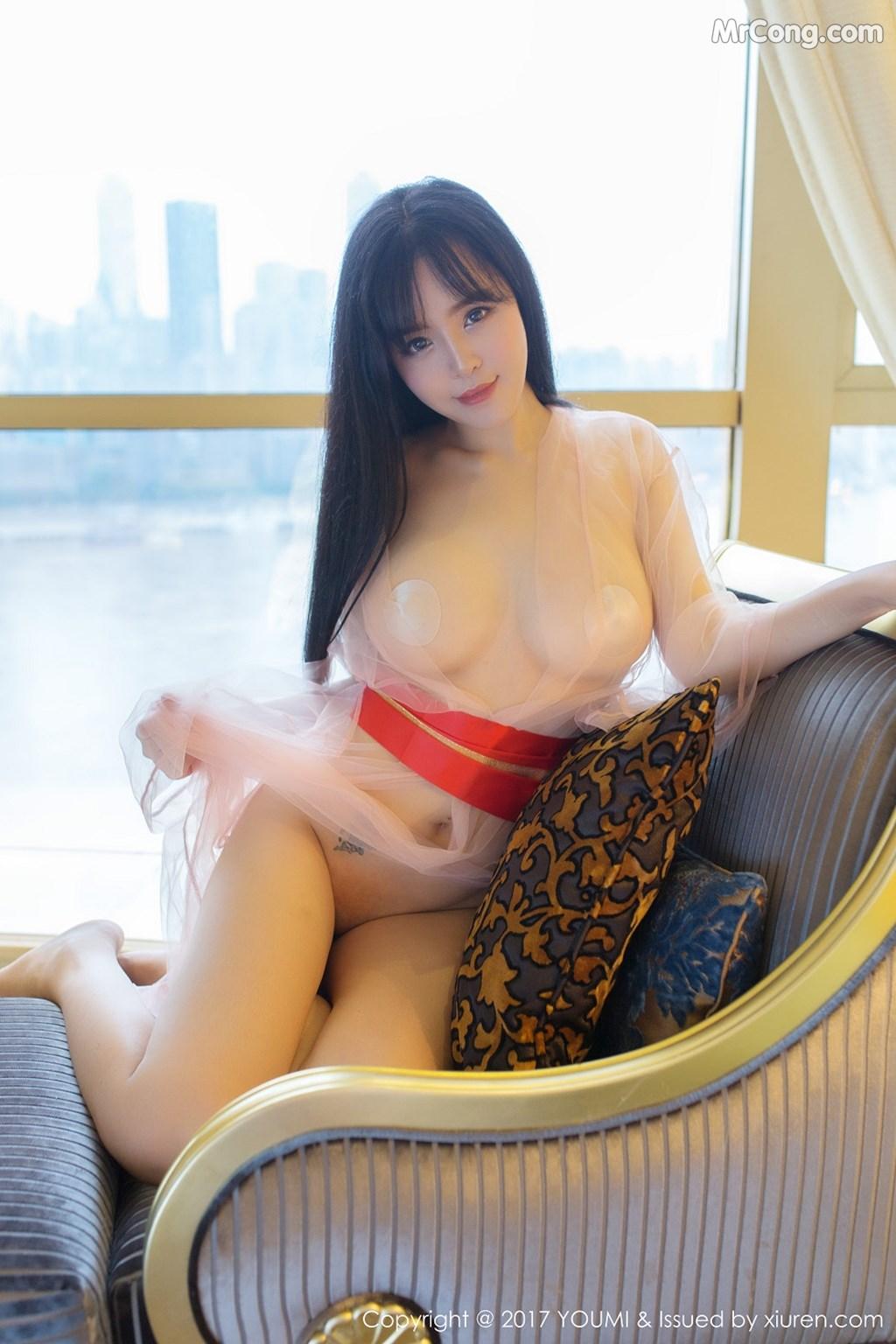 Image YouMi-Vol.070-Liu-Yu-Er-MrCong.com-029 in post YouMi Vol.070: Người mẫu Liu Yu Er (刘钰儿) (45 ảnh)