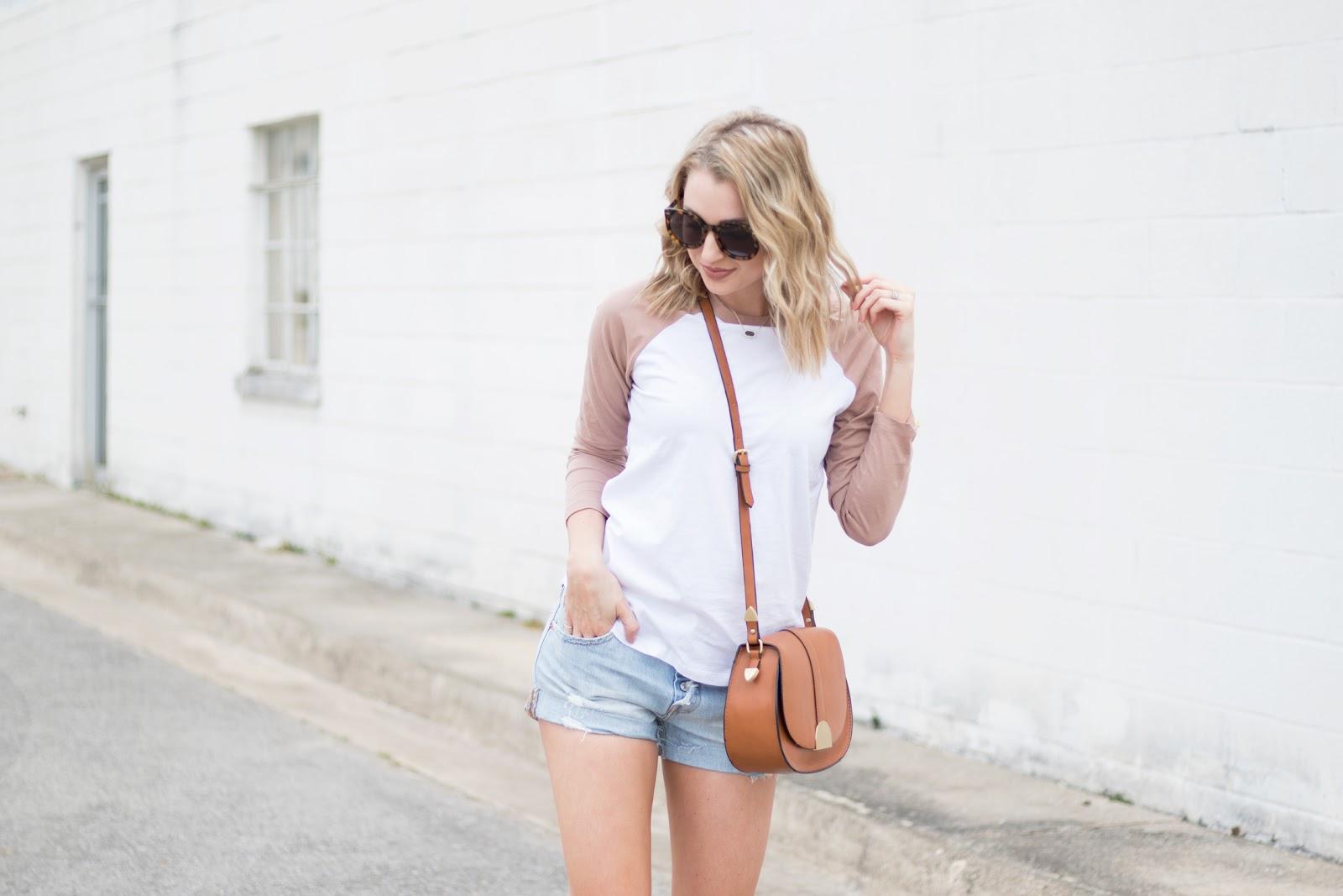 Easy t-shirt and shorts idea