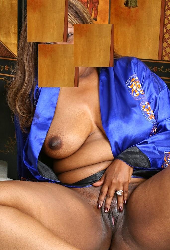 Beautiful brunettes nude ass