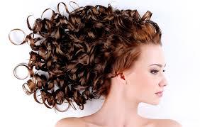 tips cara merawat rambut yang keriting