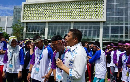 Wakil Walikota Makassar, Dr. H. Syamsu Rizal MI, S.Sos.,M.Si memberikan dukungan kepada para peserta Youth Leadership Camp 2017 asal Makassar (19/8)