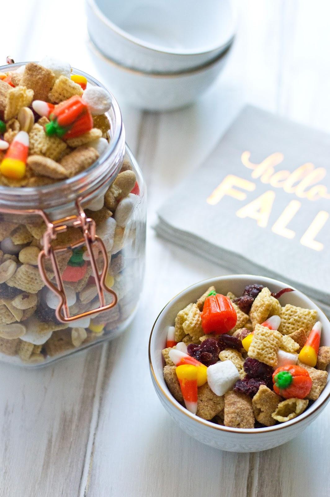 #dairyfree #glutenfree #allergyfriendly #trailmix #fall #halloween