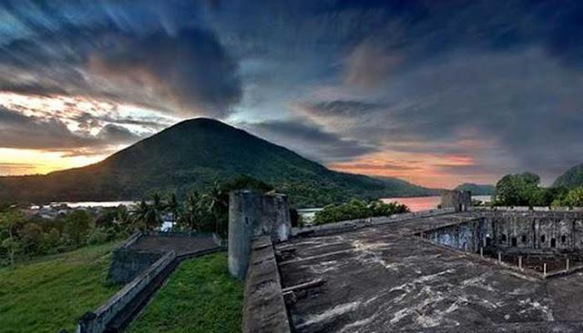Gunung Api Banda