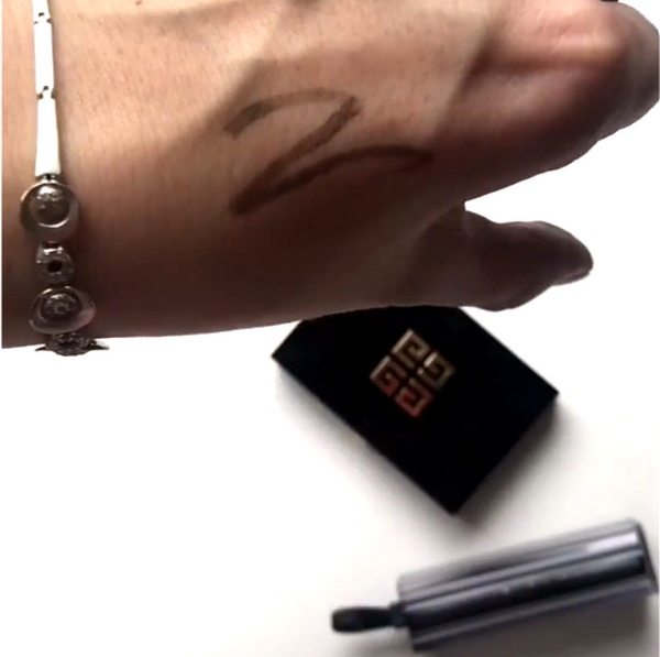 Givenchy-African-Light-Khol-Couture-Waterproof-Swatch