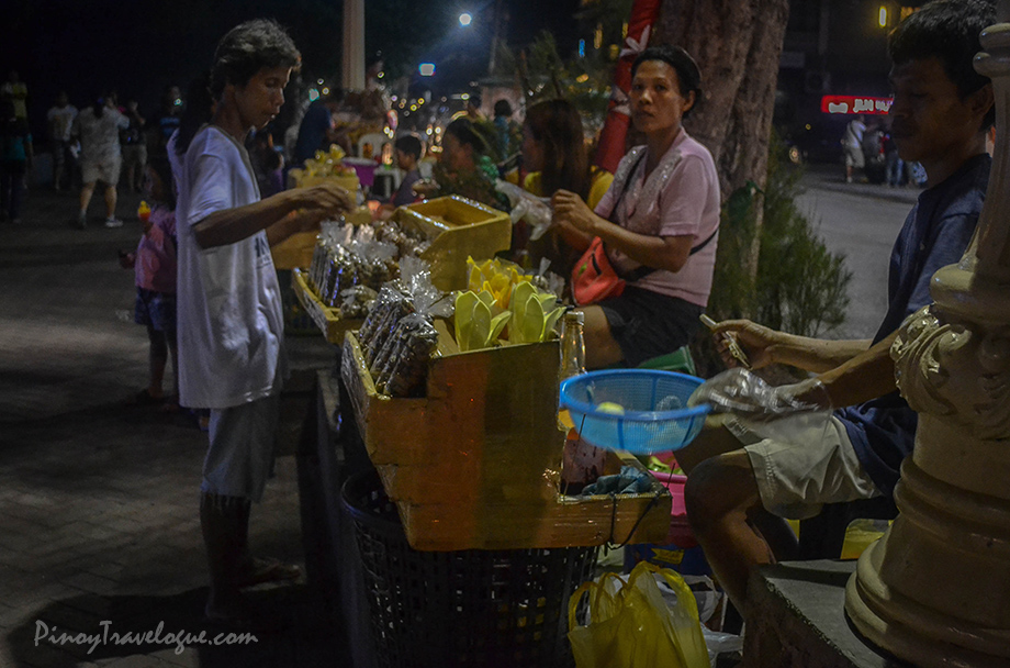 Street foods at Rizal Boulevard
