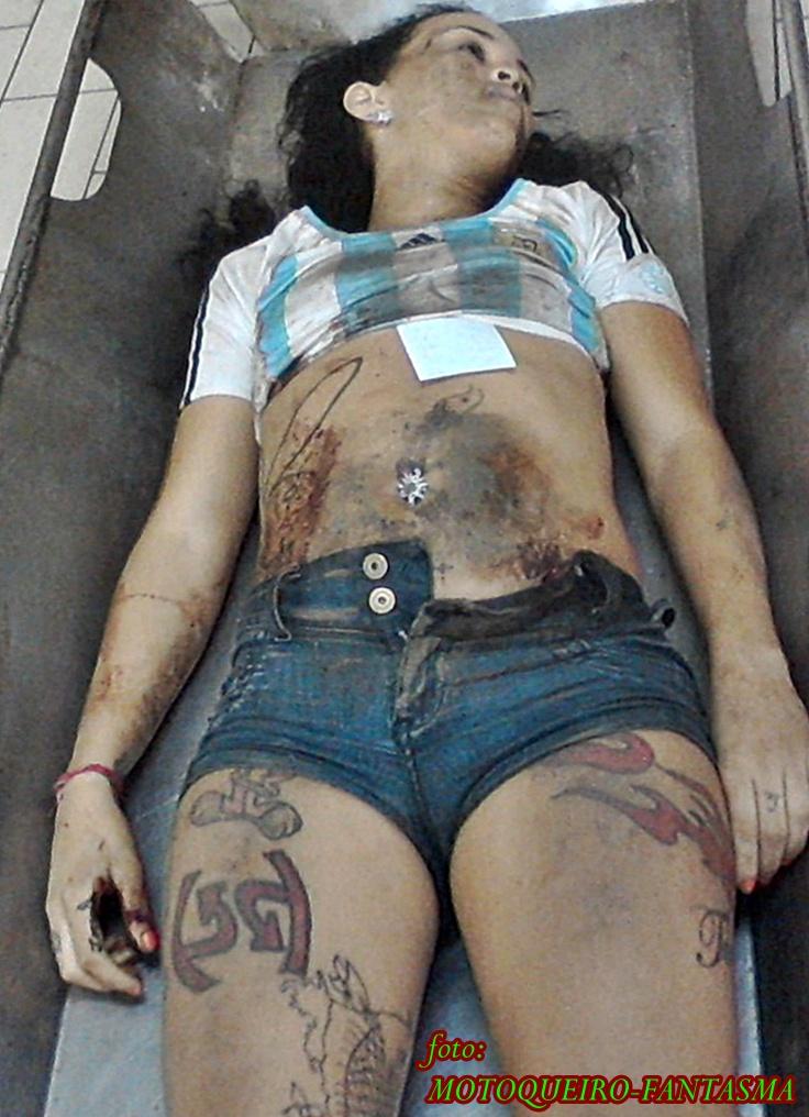 Acabada en la boca de mi mujer argenta - 1 part 7
