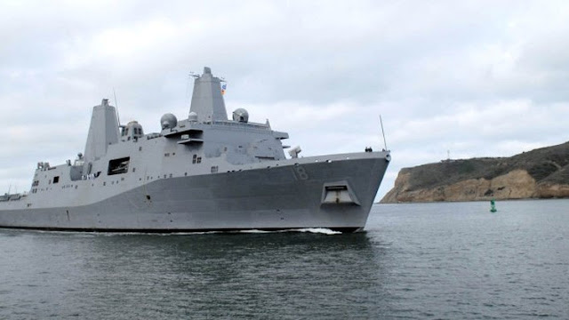 Los marines estadounidenses en el estrecho de Ormuz se asustan por la cercanía de barcos iraníes