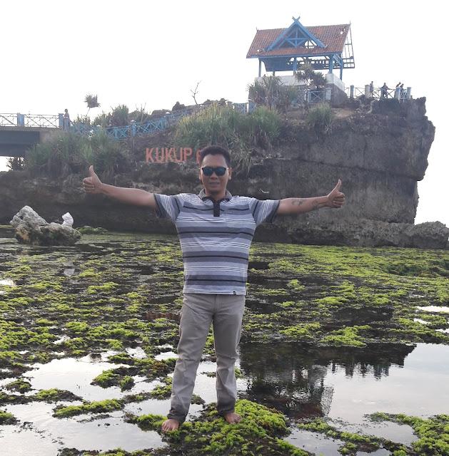 Pantai Kukup Wonosari Gunung kidul Jogjakarta