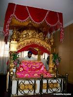 GURDWARA SIRI GURU SINGH SABHA, TEMPLO SIJ DE BANGKOK. TAILANDIA