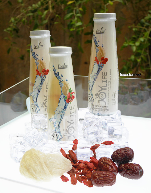 Red Date with Wolfberry flavour of 'The Joy Of Life' Collagen Bird's Nest Beverage