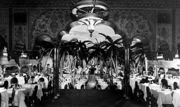 Vintage Night Club 113