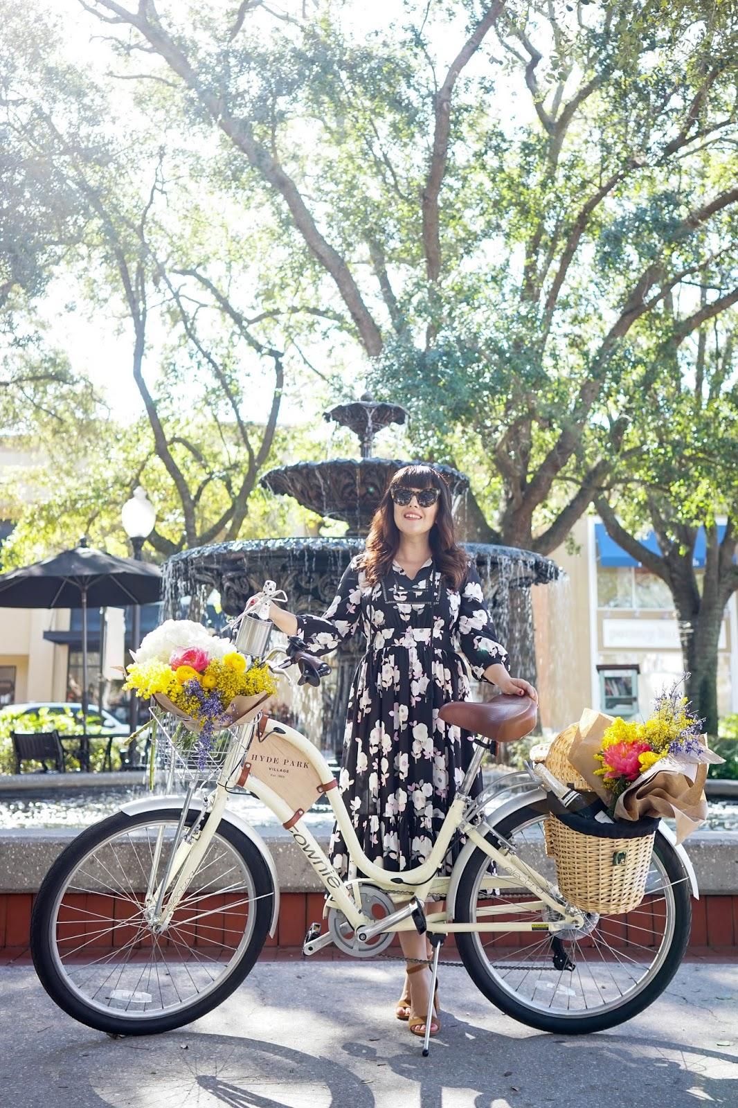 Best Photo Spots in Tampa - Hyde Park Village