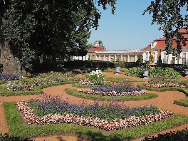 Петергоф, дворец Монплезир (Peterhof, Monplaisir Palace)