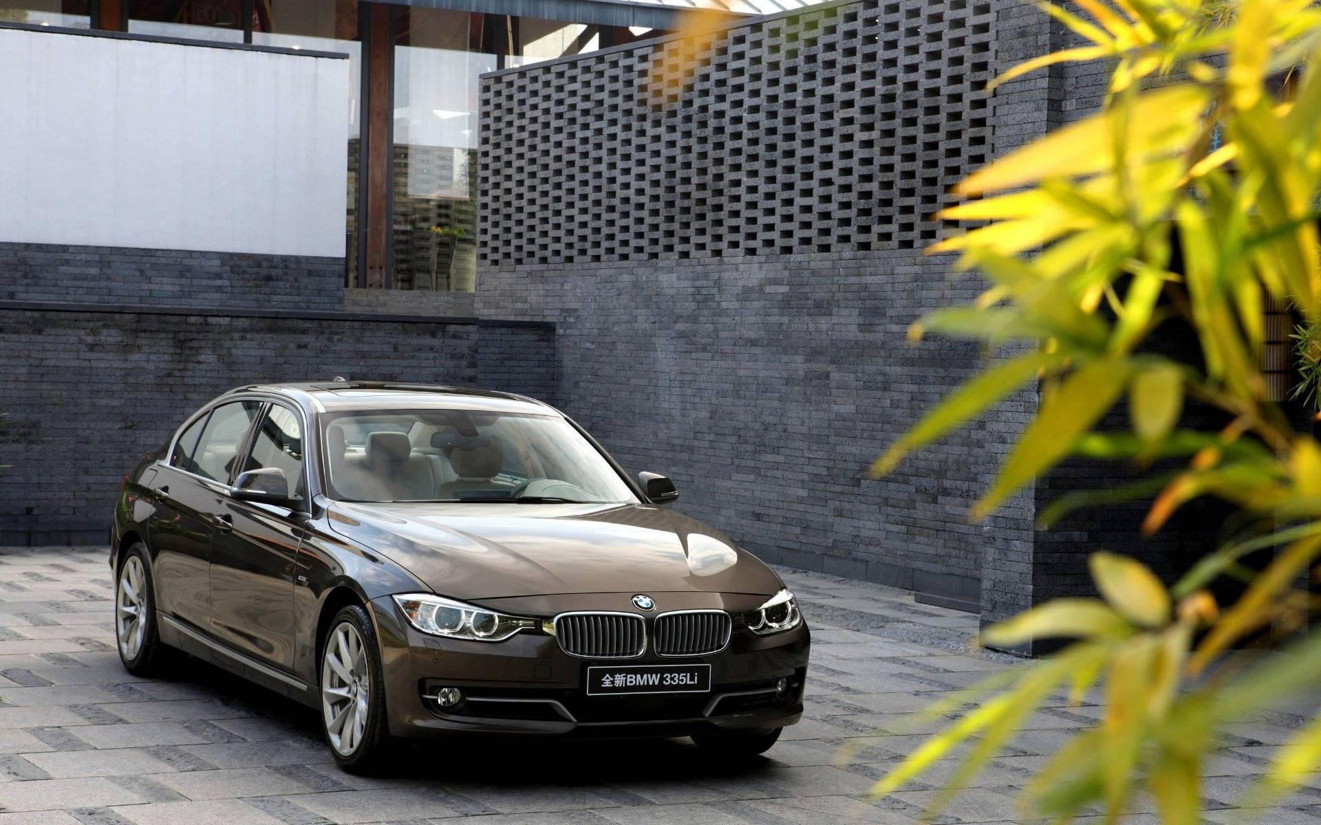 wallpaper: 2013 BMW 3 Series Li Wallpapers