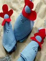 http://www.hogarmania.com/decoracion/manualidades/fieltro/201412/servilleteros-fieltro-para-navidad-27249.html