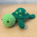http://www.amyscrochetcave.com/2017/03/mini-turtle.html