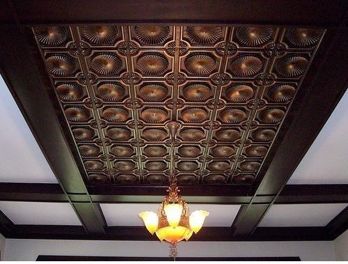 Plafon Dengan Motif Klasik Yang Menarik Desain Rumah