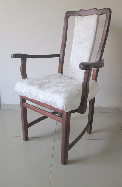 "IMG 0058 - כסא של אדמ""ור- עוד השראה לתחרות !!!"