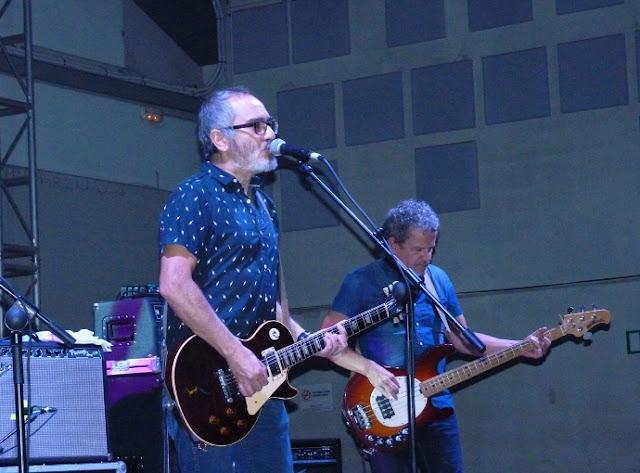 """Surfin' Bichos - 25 aniversario de """"Hermanos Carnales"""" (Crónica concierto Rockódromo de Pedreguer 1"""