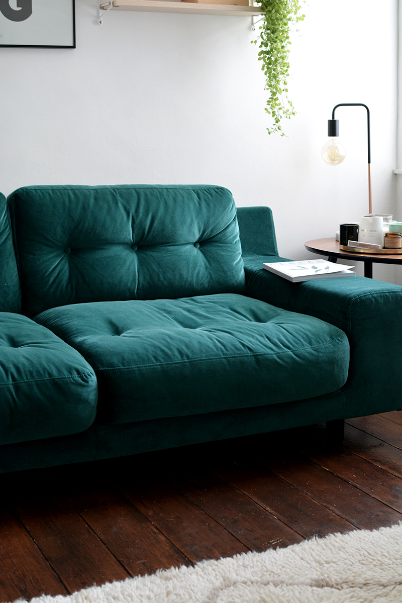 retro green sofa