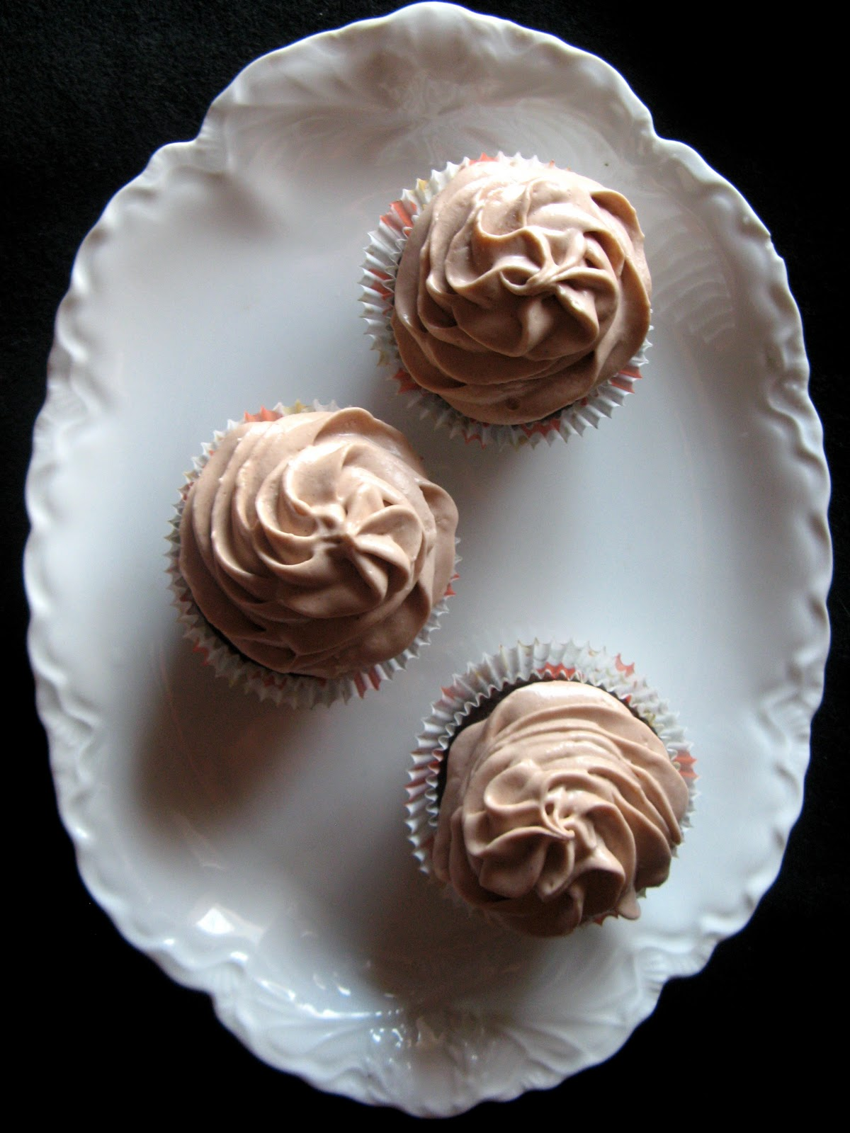 Chocolate Cupcakes With Hot Chocolate Frosting Crunchy