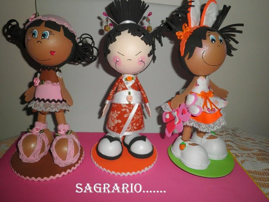 http://sagrario-mamuchi49.blogspot.com/2014/03/mis-fofuchas.html