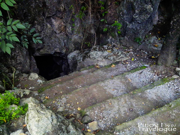 Calinawan Cave entrance
