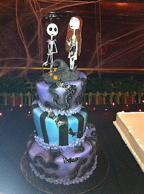night before christmas wedding cake toppers wedding cakes pictures nightmare before wedding 17889