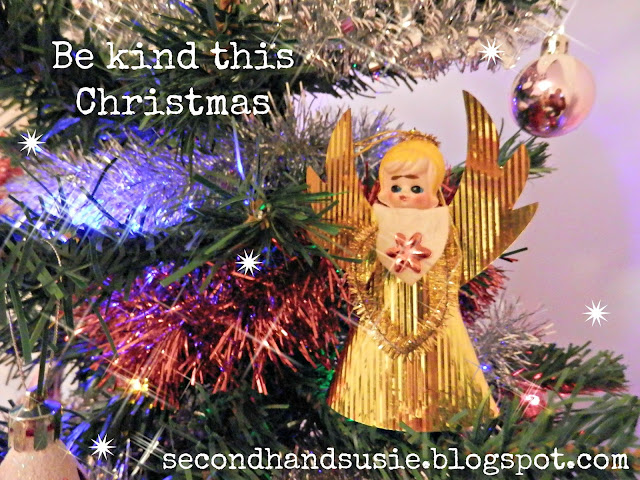 Ways to be kind, to give and to do good this Christmas. From secondhandsusie.blogspot.com UK Blogger